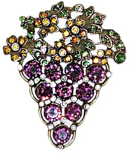 Banana Bob RARE SIGNED-PURPLE LARGE FACETED CRYSTAL FRUIT-OF-THE-VINE GRAPE PIN