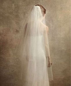 Vera Wang Ivory Long Two Tier Walking Lenth with Raw Edges Bridal Veil