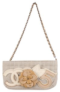 Chanel Beige / taupe Clutch