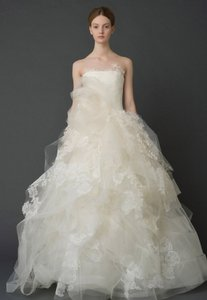 Vera Wang Bridal Helena Wedding Dress