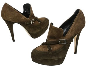 Abel Munoz Brown Pumps