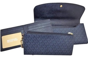 Michael Kors Michael Kors Juliana Large Three-In-One Signature Wallet Baltic Blue
