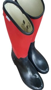 Hunter red and black Boots
