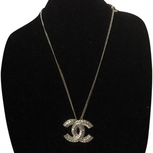 Chanel Chanel CC Crystal Jumbo Pendant Necklace Brooch Gold 1.8
