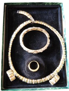 Suzanne Somers Suzanne Somers Vintage Jewelry Set