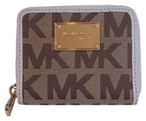 Michael Kors Jet Set Logo Bifold Zip Around PVC Coin Wallet NWT Beige Vanilla