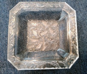 Lalique Clear Crystal Anna Pin Ring Ashtray