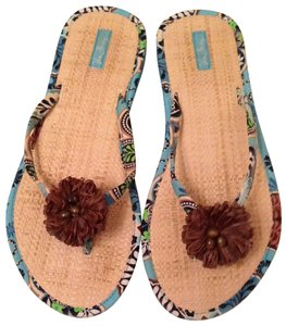 Vera Bradley Blue and Brown Sandals