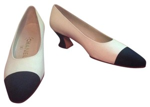 Chanel New Captoe Canvas Ivory/Black Pumps