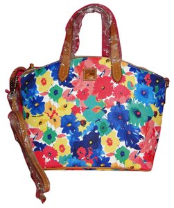 Dooney & Bourke Ff11rmw Floral Satchel in White Multi