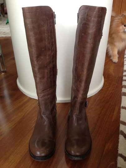 Juicy Couture Buckled Brown Boots
