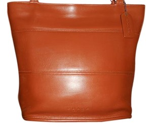 Coach Vintage Leather Tote in Medium Brown