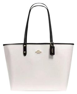 Coach Tote in Black/White