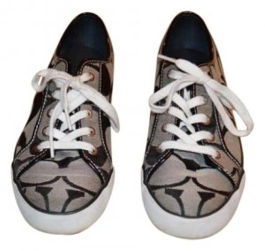 Preload https://item1.tradesy.com/images/coach-blackwhite-sneakers-size-us-85-192040-0-0.jpg?width=440&height=440