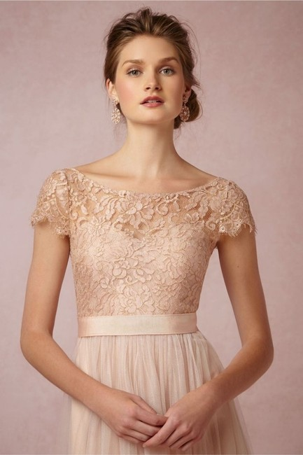 Item - Blush with Gold Threads Lace Camille Topper Formal Bridesmaid/Mob Dress Size 4 (S)