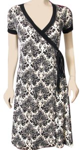 Max Studio short dress Black & Cream on Tradesy