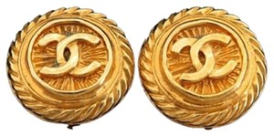 Chanel Gold Spiral CC Earrings 207896