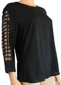 Konte Round Neck Cut-out Top Black