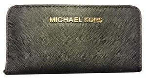 Michael Kors Classic collection