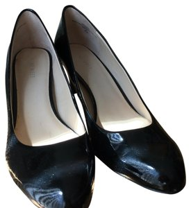 Nine West Black faux patent leather Pumps