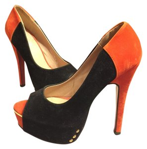Kvoll Black/Gold/Orange Platforms