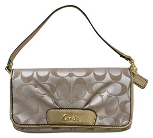 Coach Wallet Shoulder Bag