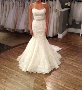 Enzoani Enzoani Wedding Dress Style Dakota Wedding Dress