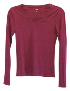 Uniqlo T Shirt Cranberry