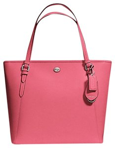 Coach Tote in Dark Pink
