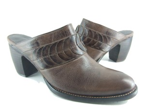 Antelope Coffee Leather Mules