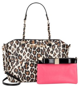 Betsey Johnson Black Bone Red Trim Satchel in Leopard-Print