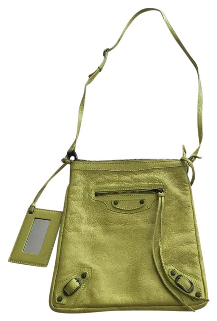 Item - Arena Classic Flat Chartreuse Yellow Lambskin Leather Cross Body Bag