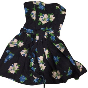 Hollister short dress Blue floral on Tradesy