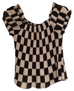 Piano Top Black & White Checkered