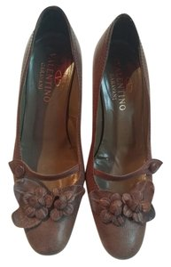 Valentino Pumps 39 9 Leather Mocha Formal