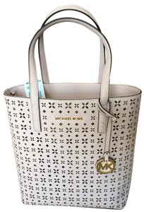 Michael Kors New With Tags Tote in Blossom/Ballet