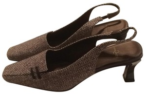 Anne Klein Chocolate tweed Pumps