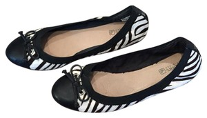 Sperry Ballet Fur Striped Tie Black and white Flats