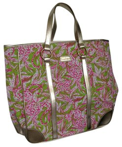 Lilly Pulitzer Tote in Lush green and pink