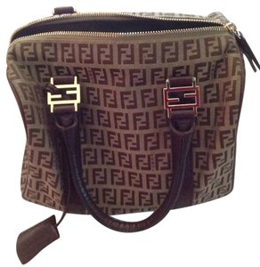 Fendi Satchel in Brown/Tan