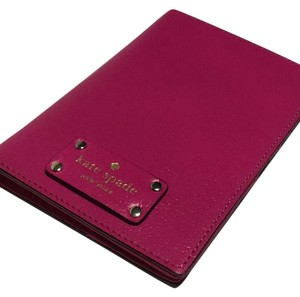 Kate Spade Kate Spade Wellesley Passport Holder WLRU1236 Sweetheart Pink