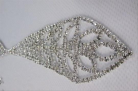 Other Women 7 Silver Metal Classic Rhinestones Leaves Neck Tie Necklace
