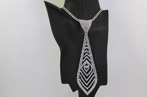 Other Women 7 Silver Metal Classic Rhinestones Pattern Neck Tie Fashion Necklace