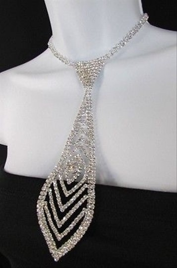 Other Women 7 Silver Metal Classic Rhinestones Pattern Neck Tie Necklace
