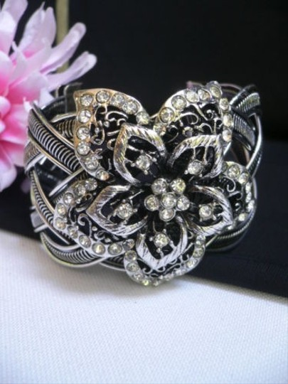 Other Women Silver Metal Cuff Fashion Bracelet Big Blooming Flower Rhinestones
