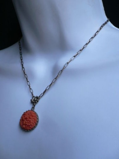 Other Women Rusty Gold Metal Chains Fashion European Necklace Orange Flowers