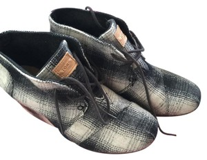 TOMS Desert Plaid Wedges