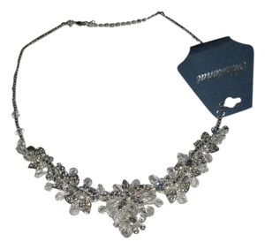 """Marionat Marionat 12334 (n-24) 18"""" Crystal floral Necklace with 2"""" extension"""