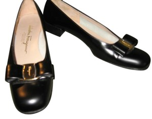 Salvatore Ferragamo Italian Leather Buckle Signature Black Pumps