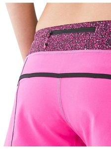 Lululemon NWT Lululemon Speed Shorts Sz 6 Raspberry Flashback Static